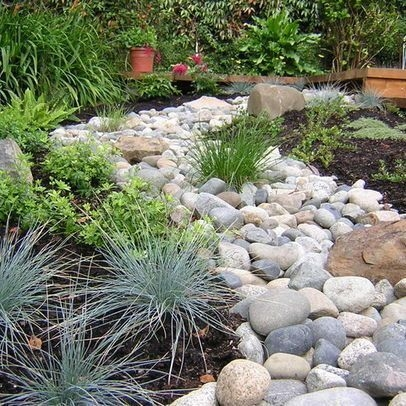 River Rock Landscape And Lavender Bush For Your Outdoor 22