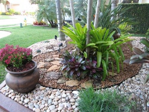 River Rock Landscape And Lavender Bush For Your Outdoor 23