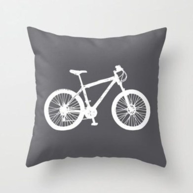 Set Art Throw Pillow In Your Home Decoration 28