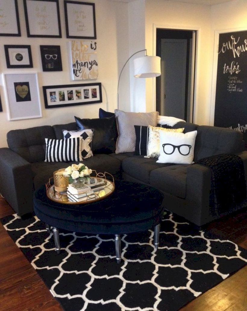 Small Apartment Decorating Ideas On A Budget 34