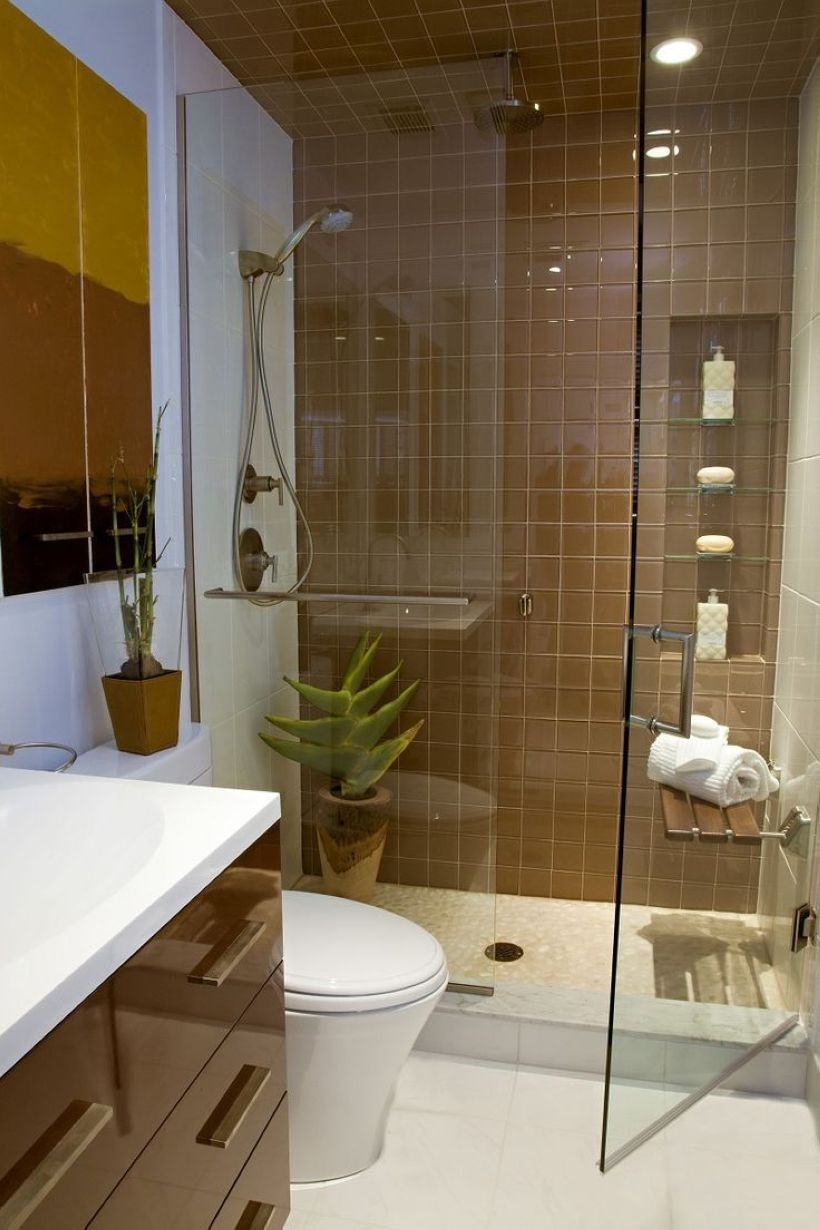 Small Bathroom Makeovers That Give Us Hope 41