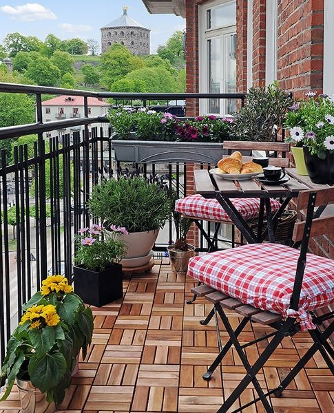 Unique Space Saving Accessories For Your Balcony22