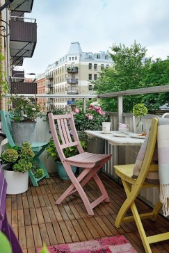 Unique Space Saving Accessories For Your Balcony34
