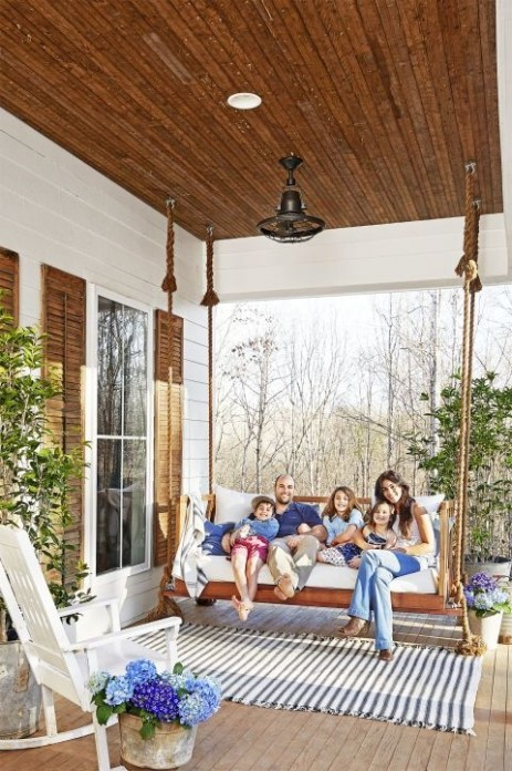 Ways To Create A Relaxing Porch For Big Family 05