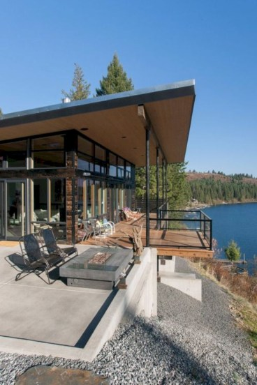 Modern Airy Home Design With Amazing Lake Views 09