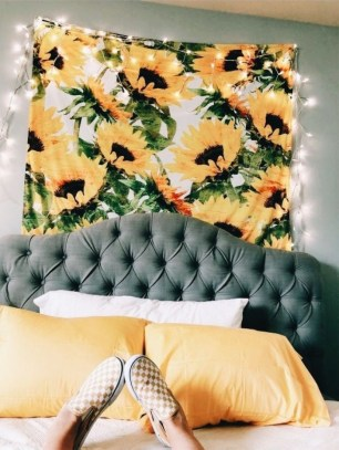 Yellow Bedroom For Your Child's Room Idea To Sleep Feels Warm 12