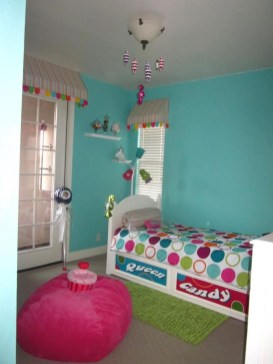 Check And Try Wall Decor In Your Daughter Bedroom 45