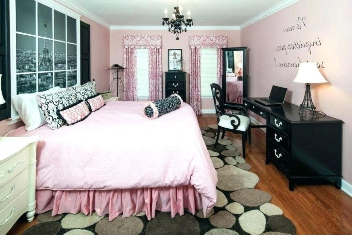 Cozy Teen Bedroom Decoration On Pink Style 17