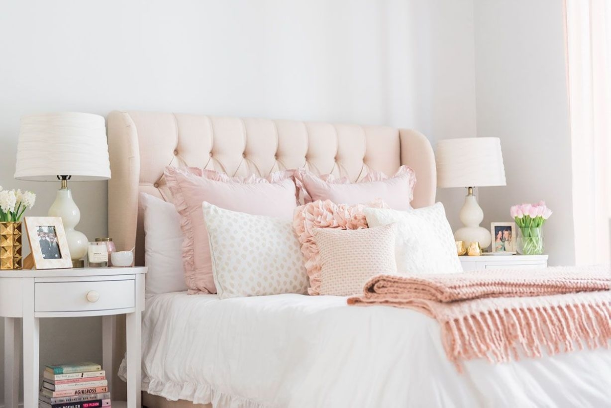 Cozy Teen Bedroom Decoration On Pink Style 19