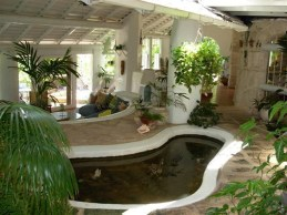 Amazing Indoor Fish Pond To Upgrade Your House 49