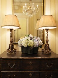 Beautiful Entry Table Decor Ideas To Updating Your House 11