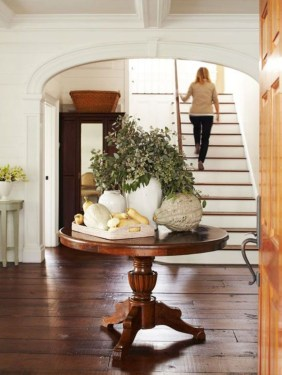 Beautiful Entry Table Decor Ideas To Updating Your House 17