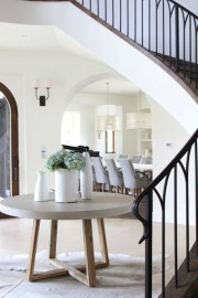 Beautiful Entry Table Decor Ideas To Updating Your House 41