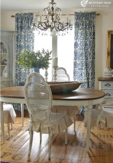 Best Decoration French Farmhouse Dining Room Design 19