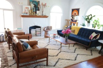 Best Rug To Decor Your First Living Room 23