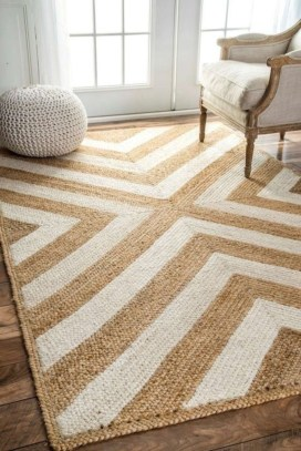 Best Rug To Decor Your First Living Room 39
