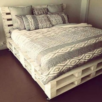DIY Pallet For Bed Place For Your Idea 07