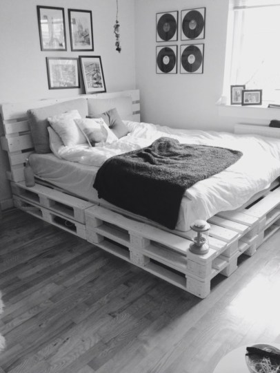 DIY Pallet For Bed Place For Your Idea 11