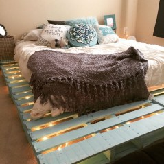 DIY Pallet For Bed Place For Your Idea 43