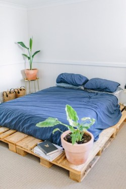 DIY Pallet For Bed Place For Your Idea 49