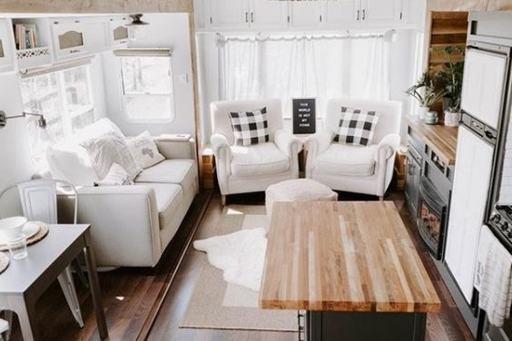 Easy Remodeling RV Decoration You Can Try 20