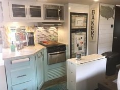 Easy Remodeling RV Decoration You Can Try 47