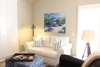 How To Create Wall Gallery In Above The Sofa 16