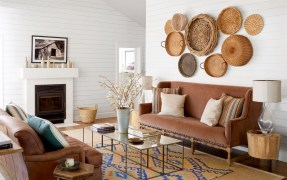 How To Create Wall Gallery In Above The Sofa 48