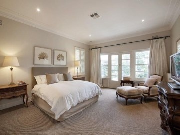 Love The Neutral Color For Master Bedroom Idea 05