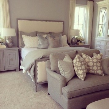 Love The Neutral Color For Master Bedroom Idea 23