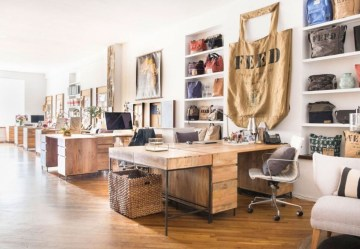 44 Modern Rustic Decorating Ideas For Your Home Office 10