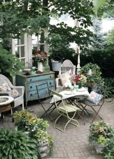 A Cozy Backyard France Terrace Ideas 28