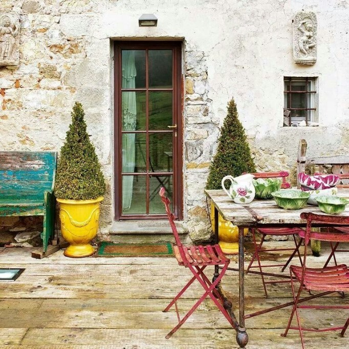 A Cozy Backyard France Terrace Ideas 29