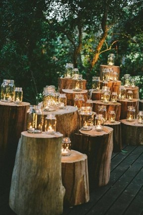 Adorable Winter Wedding Ideas For Decorate Your Party 51