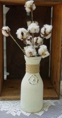 Amazing Inspiration With Bottle Christmas Vases You Can Try 07