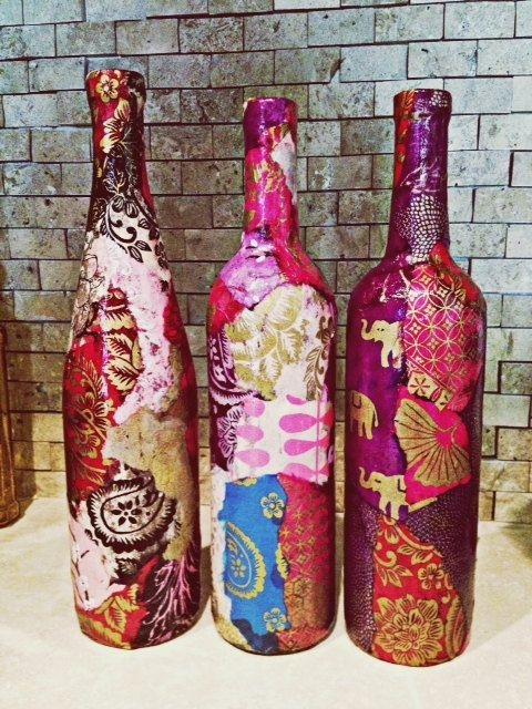 Amazing Inspiration With Bottle Christmas Vases You Can Try 14
