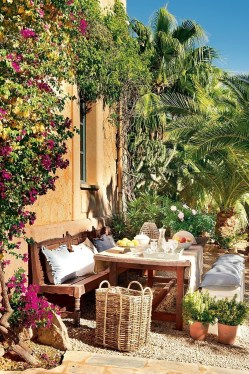 Beautiful Tropical Outdoor Decoration For Cozy Place 17