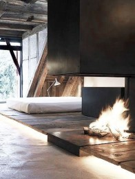 Best Decorating Ideas For Winter Fireplace 22