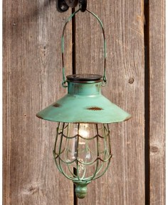 Best Garden Decorate With Some DIY Hanging Lights 29