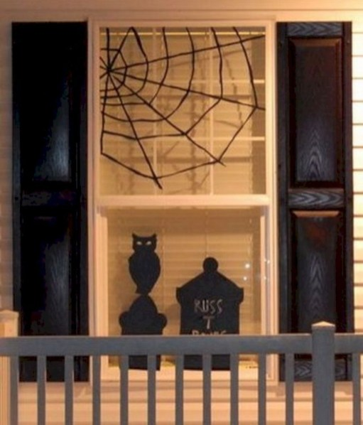 Best Ghost Silhouette DecorIideas To Haunt Your Guests 25