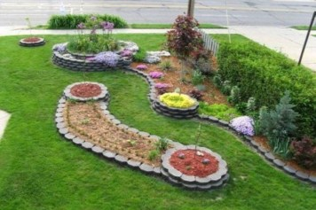 Best Ornament Ideas To Beautify Your Garden 43