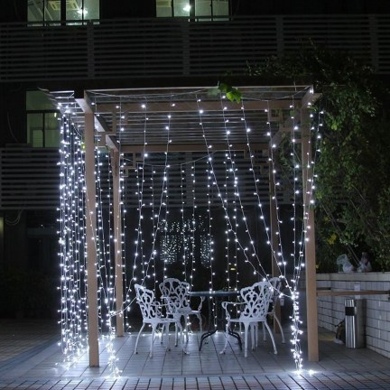 Better Homes And Gardens With Outdoor LED Curtain Lights 44