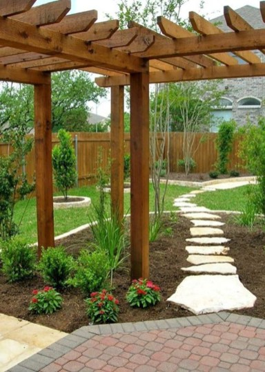 DIY Wood Project For Landscaping Backyard Ideas 35