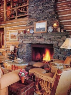 Favorite Winter Decorating For Fireplace Ideas 51