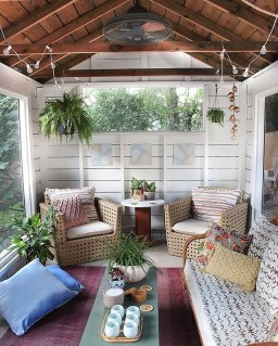 Front Porch Decorating Ideas Try For Your Design 40