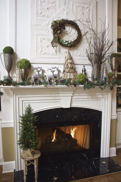 Gorgeous Christmas Mantel For Fireplace Decorate In Your House 31