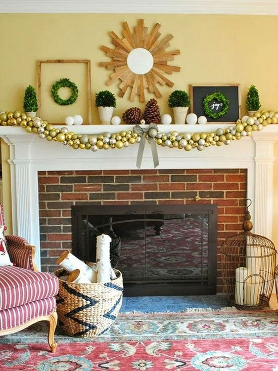 Gorgeous Christmas Mantel For Fireplace Decorate In Your House 36