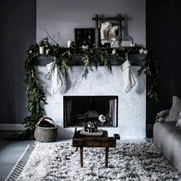 Gorgeous Christmas Mantel For Fireplace Decorate In Your House 42
