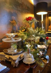 Luxury Christmas Table Decoration For Celebrating Christmas This Year 10