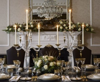 Luxury Christmas Table Decoration For Celebrating Christmas This Year 31